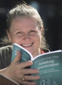 Eva Laspas, Expertin Text-Konzepte