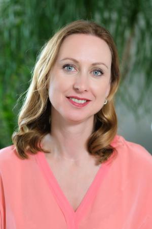 Money Coach Mandy Pohl arbeitet an Geld-Mustern